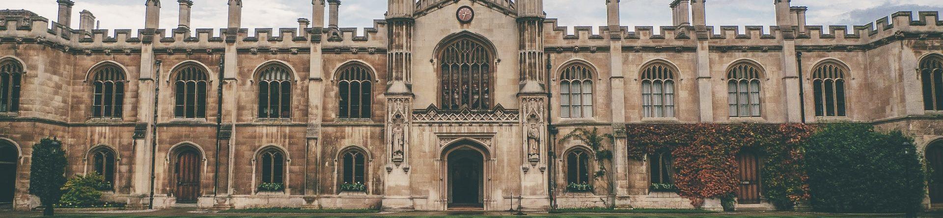 Como escolher uma universidade?